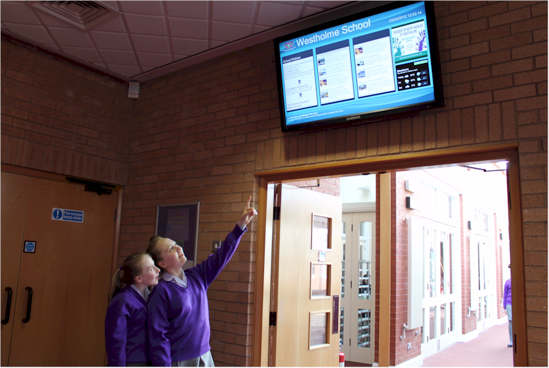 Repeat Digital signage for schools and colleges
